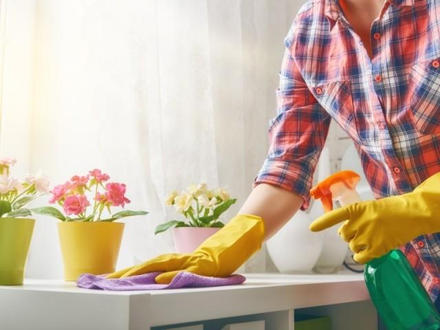 Coronavirus: comment bien désinfecter sa maison?