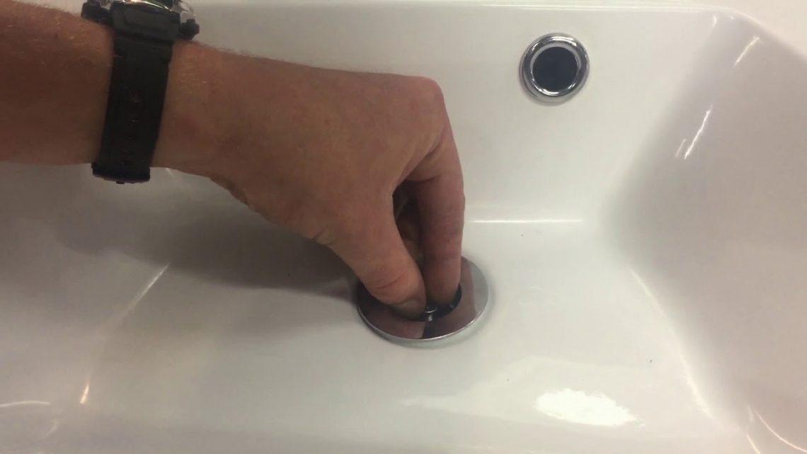 Comment enlever une bonde de lavabo coincé ?