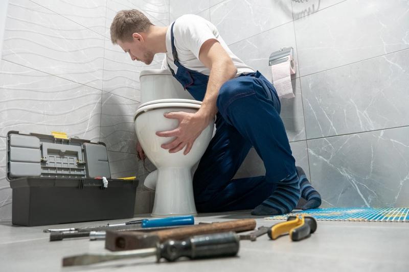Comment réparer fuite sanibroyeur ?