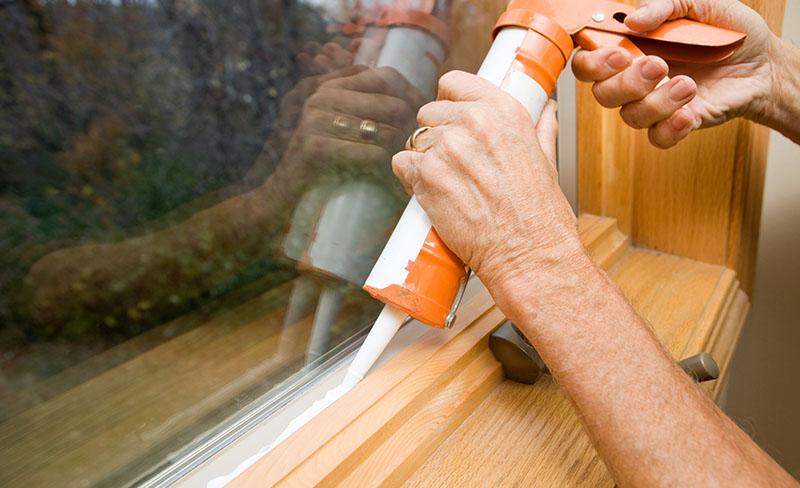 Comment poser du mastic de vitrier